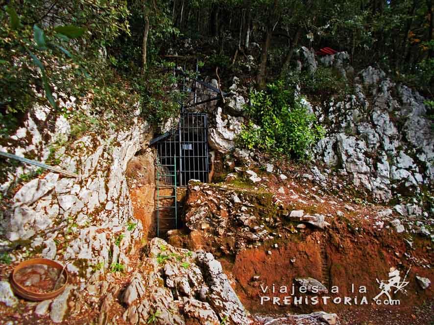 http://viajesalaprehistoria.com/wp-content/uploads/2016/11/garma5.jpg
